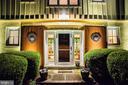 1001 Dranesville Manor Dr