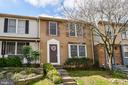 7310 Glendower Ct