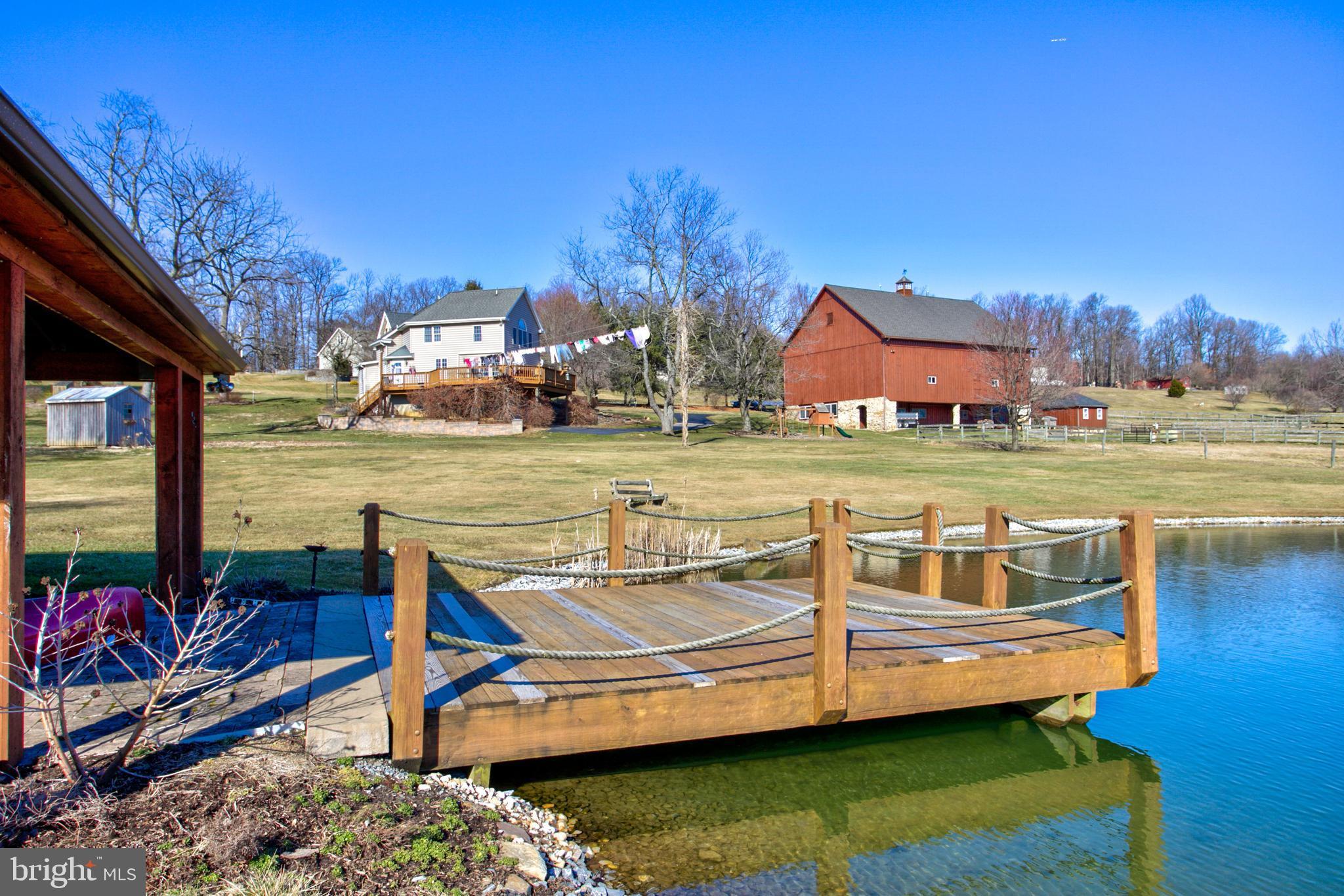 Pond-Deck