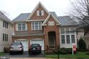 7676 Oak Field Ct