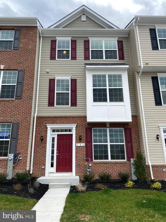 106 IRONWOOD COURT, BALTIMORE, Maryland 21237, 4 Bedrooms Bedrooms, ,3 BathroomsBathrooms,Residential Lease,For Rent,IRONWOOD,MDBC490246