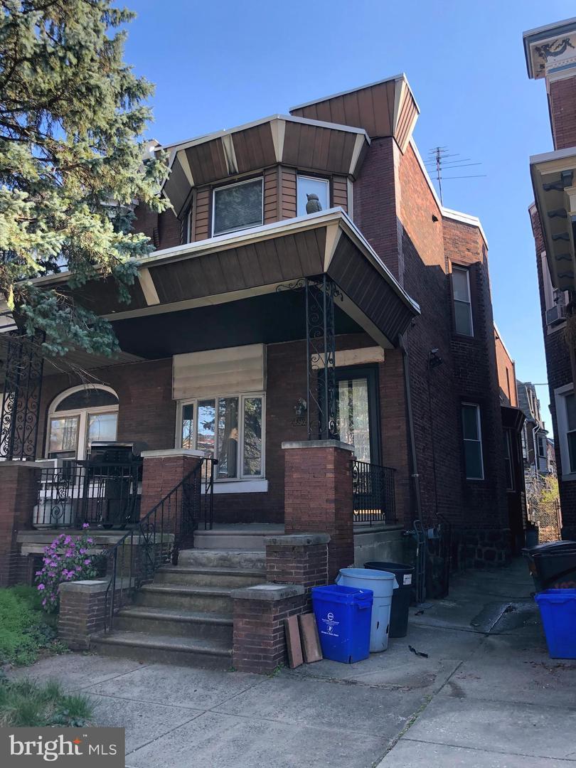 4924 Larchwood Avenue Philadelphia , PA 19143