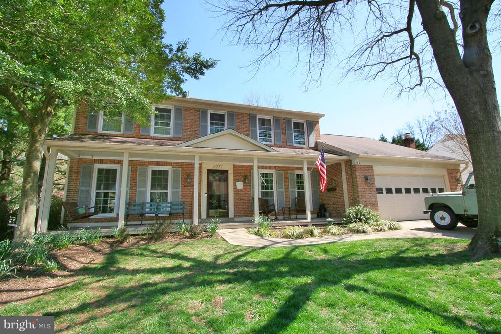 6237 WINDWARD DRIVE, BURKE, FAIRFAX Virginia 22015, 4 Bedrooms Bedrooms, ,3 BathroomsBathrooms,Residential,For Sale,WINDWARD,VAFX1120584