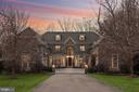 6929 River Oaks Dr
