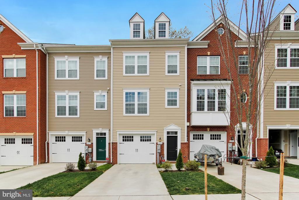 8208 WHITE STAR CROSSING, PASADENA, Maryland 21122, 3 Bedrooms Bedrooms, ,2 BathroomsBathrooms,Residential,For Sale,WHITE STAR,MDAA428698