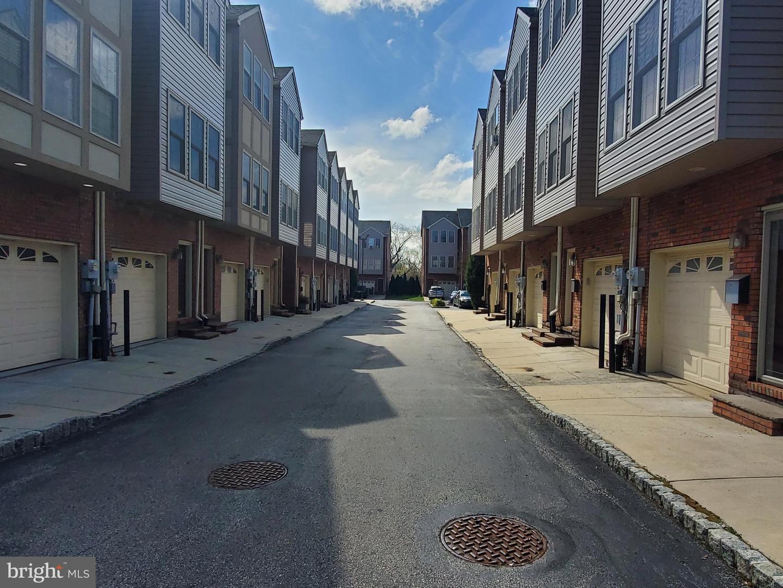 635 Dupont Street UNIT T Philadelphia, PA 19128