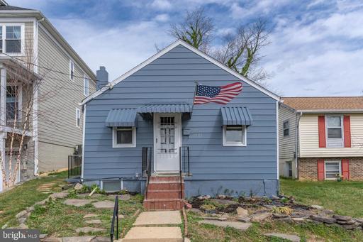1927 N Edison St, Arlington, VA 22207