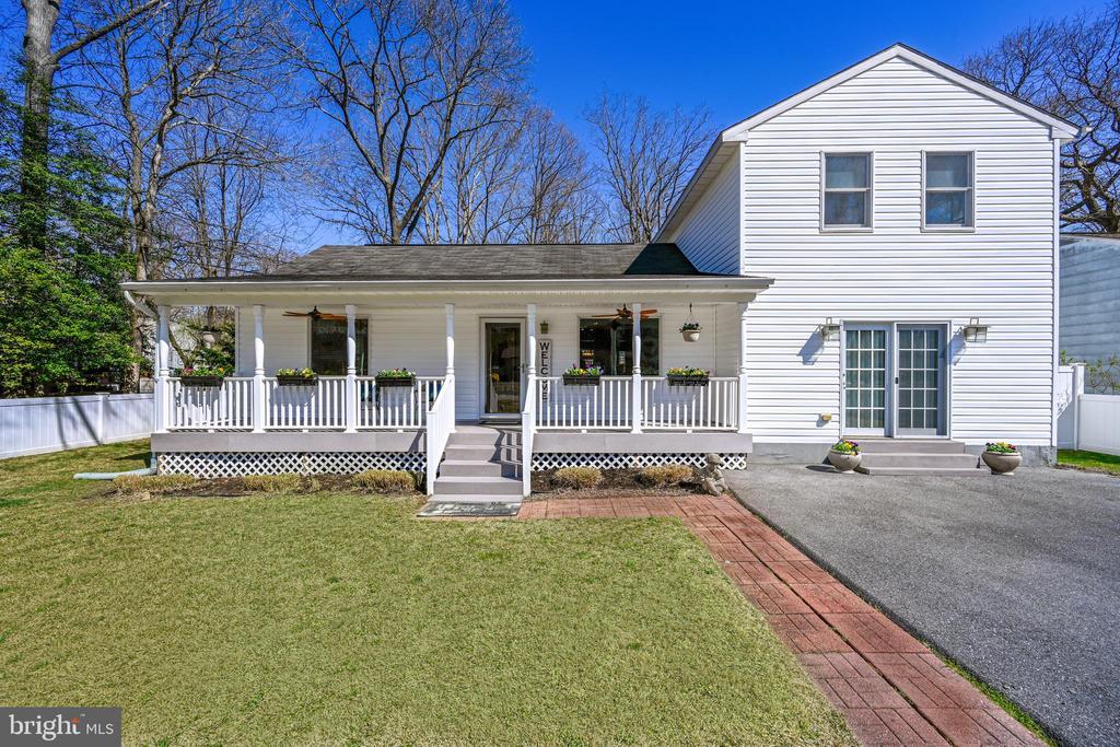 213 10TH STREET, PASADENA, Maryland 21122, 3 Bedrooms Bedrooms, ,3 BathroomsBathrooms,Residential,For Sale,10TH,MDAA430366