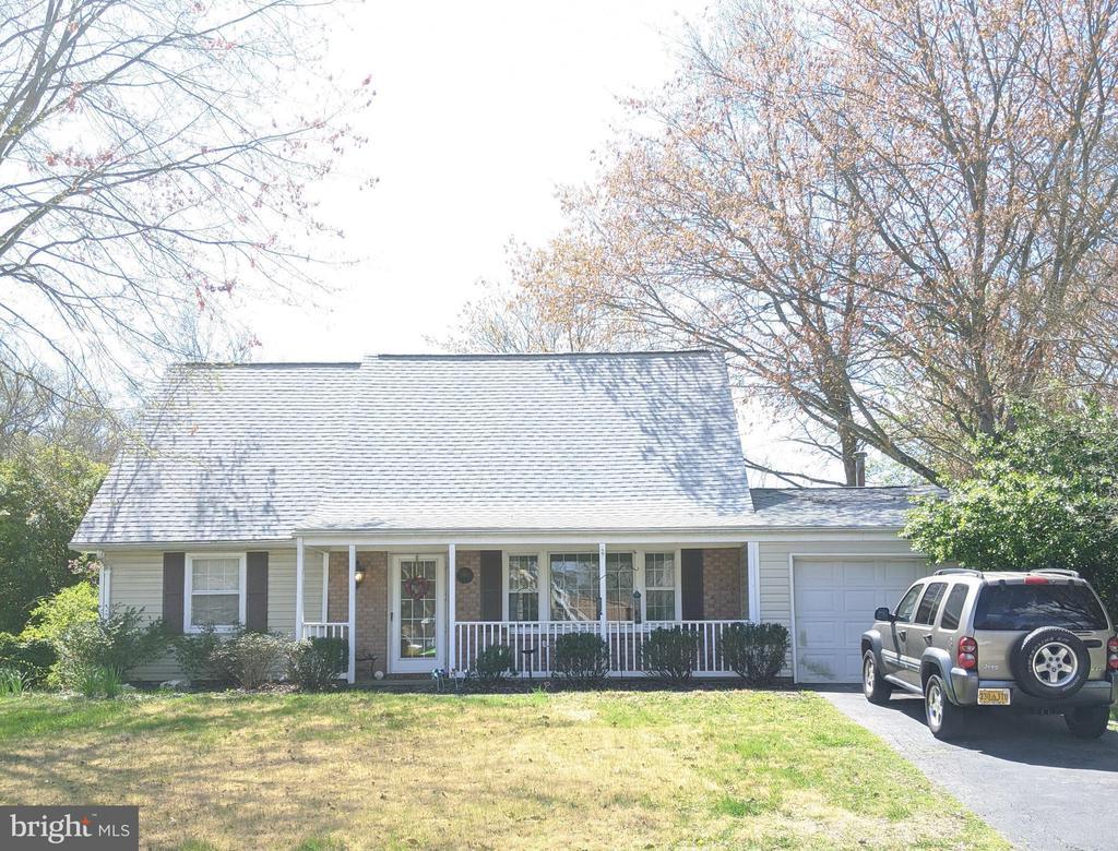 7248 WICKFORD DRIVE, ALEXANDRIA, Virginia 22315, 4 Bedrooms Bedrooms, ,2 BathroomsBathrooms,Residential Lease,For Rent,WICKFORD,VAFX1120740