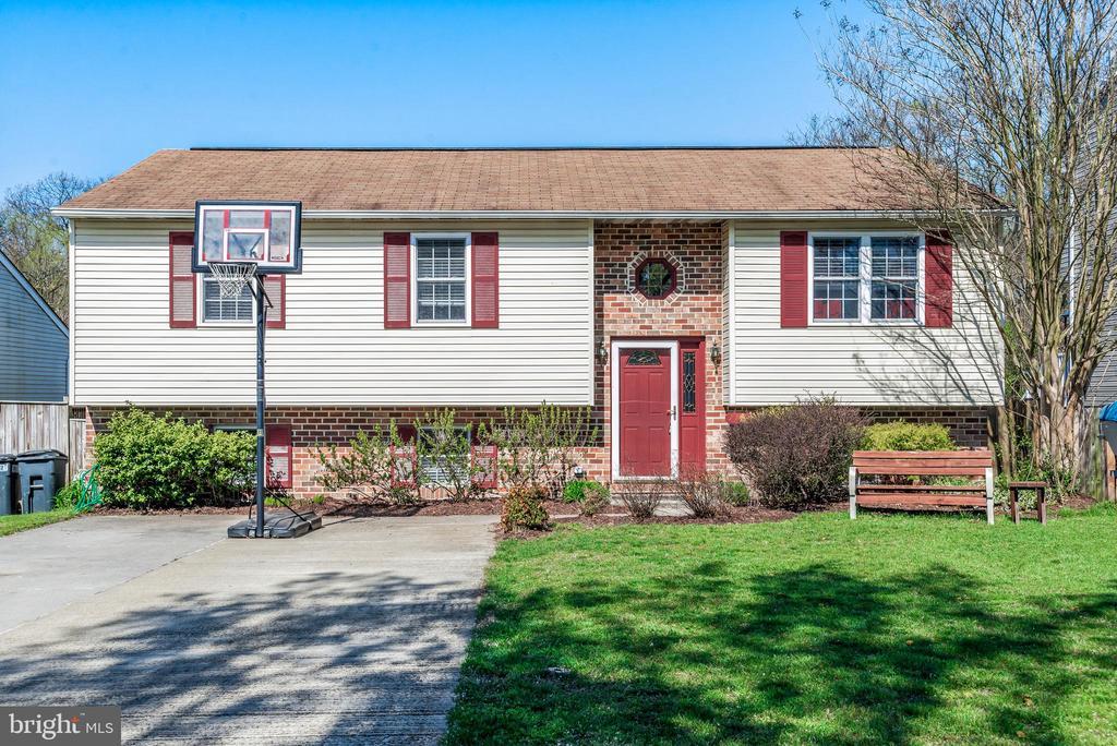 7872 PEPPERBOX LANE, PASADENA, Maryland 21122, 4 Bedrooms Bedrooms, 9 Rooms Rooms,3 BathroomsBathrooms,Residential,For Sale,PEPPERBOX,MDAA430224