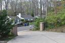 6649 Tansey Dr