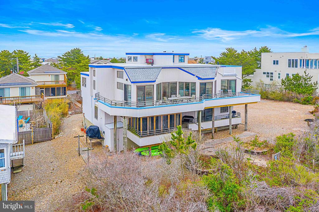 11  LINCOLN AVENUE, Long Beach Island, New Jersey