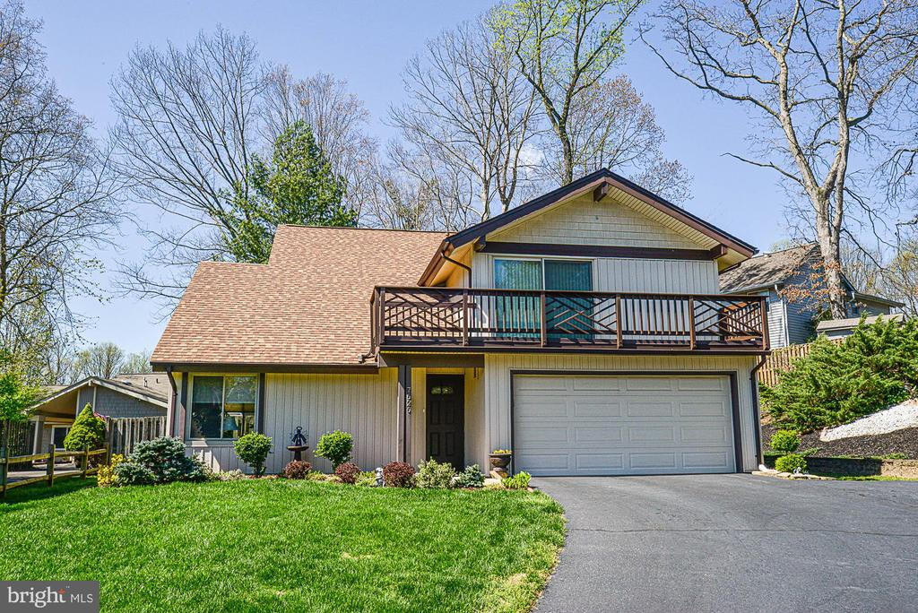 7626  MINERAL SPRING COURT, West Springfield, Virginia
