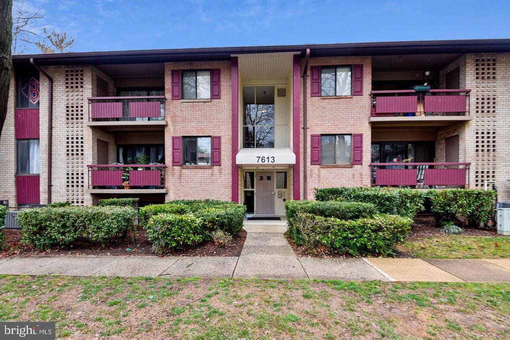 7613 Lee Hwy #Unit 101, Falls Church, VA 22042