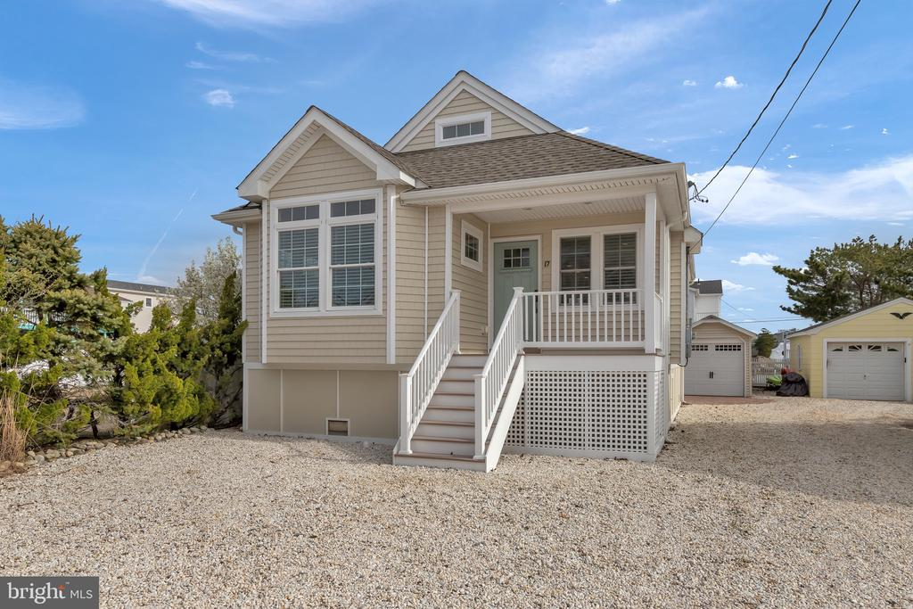 17 W WASHINGTON, Long Beach Island, New Jersey