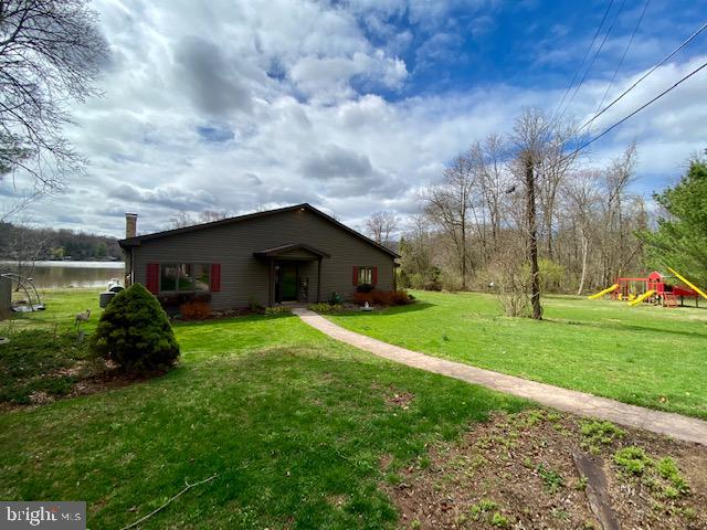 814 MARIE AVENUE, LEWISBERRY, PA 17339