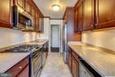 6631 Wakefield Dr #318