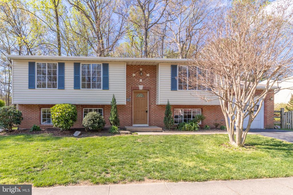 8457  RAINBOW BRIDGE LANE, West Springfield, Virginia