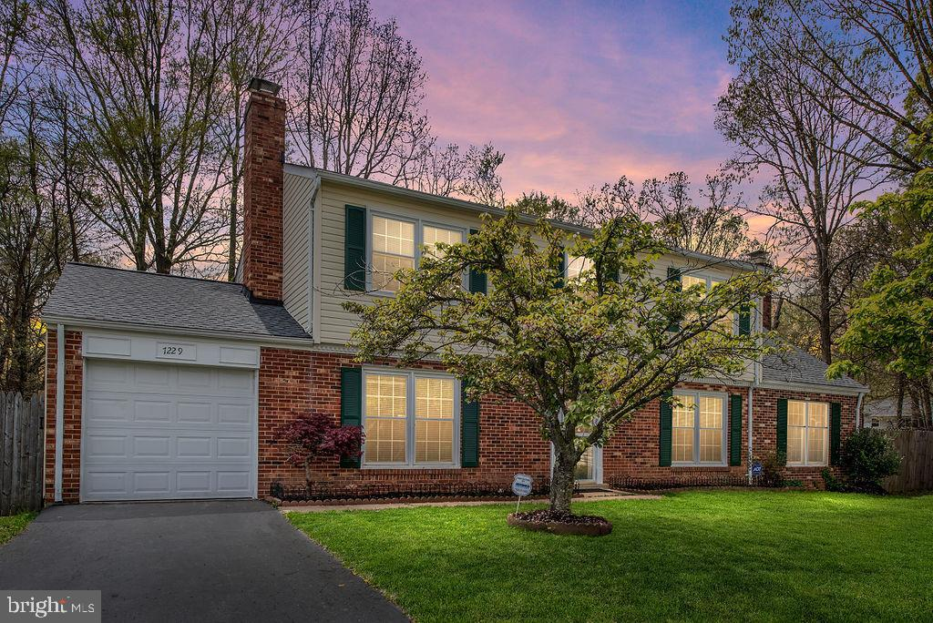 7229  BONA VISTA COURT, West Springfield, Virginia