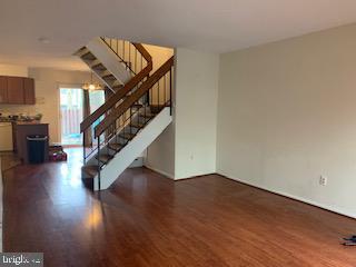 2368 Southgate Sq, Reston, VA 20191