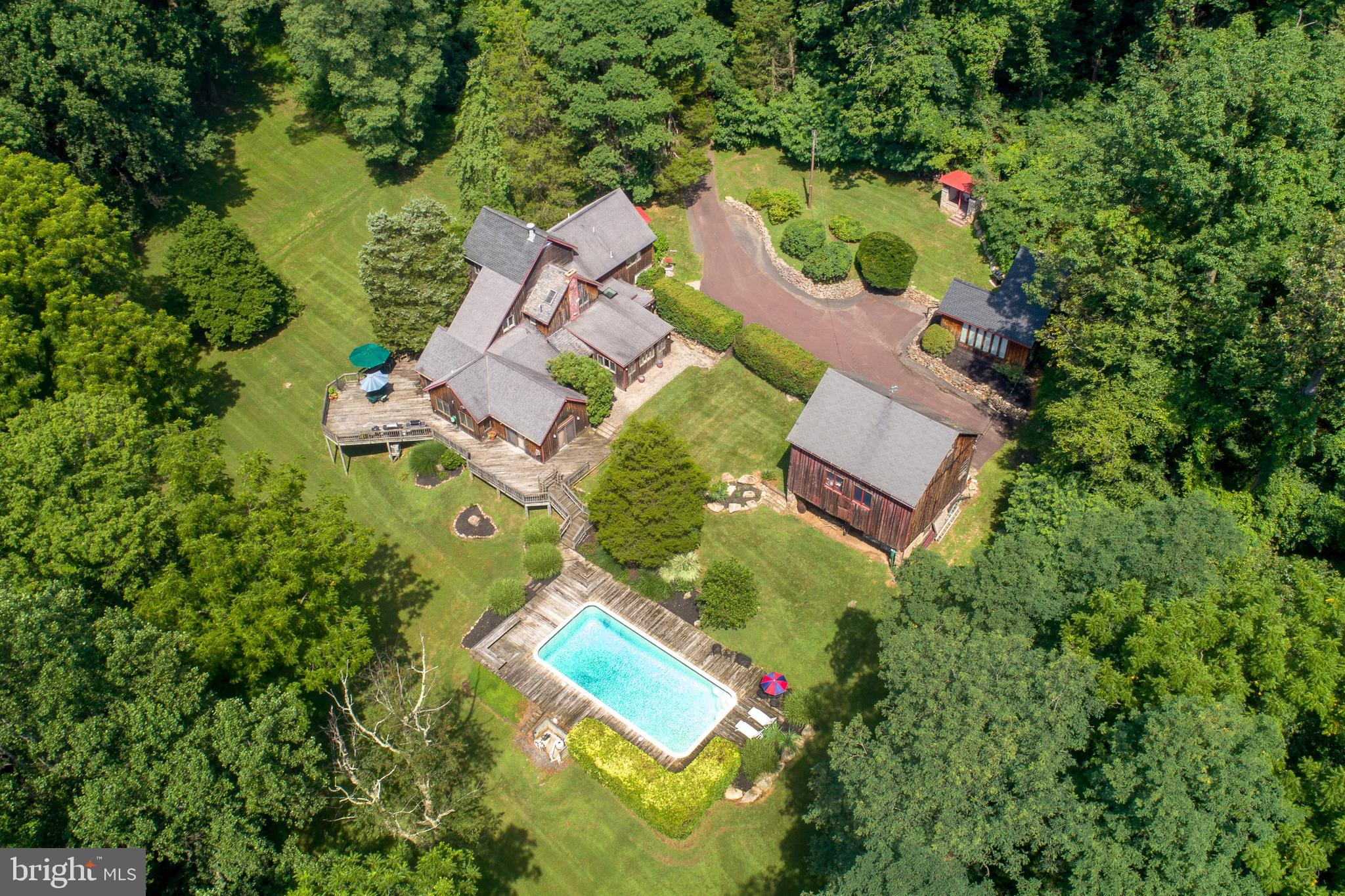405 County Line Rd, Riegelsville, PA, 18077