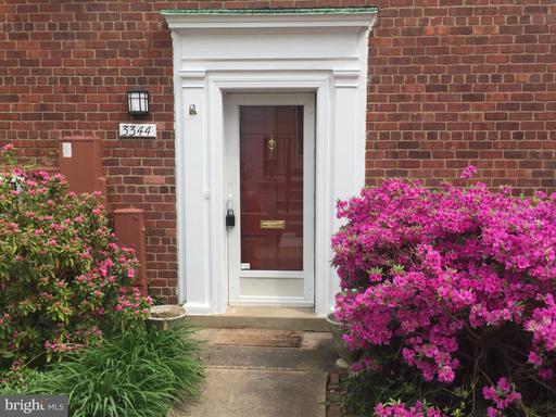 3344 Gunston Rd, Alexandria, VA 22302