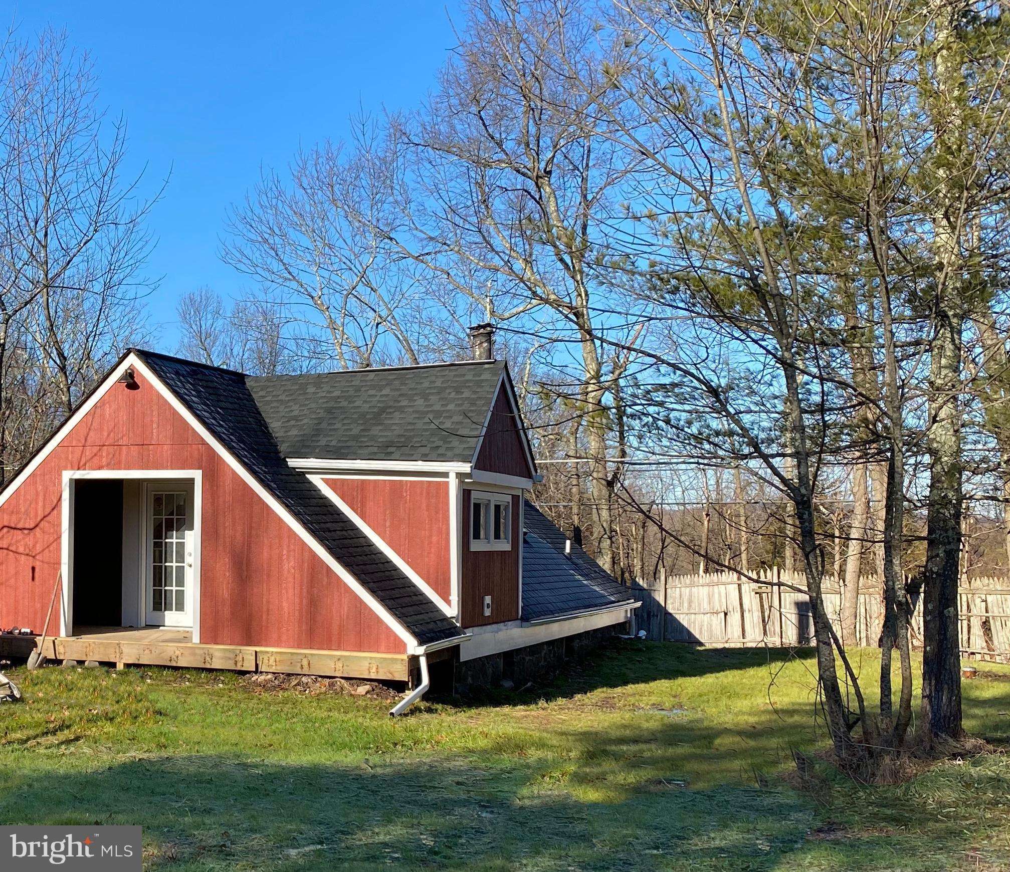 3342 Bursonville Road, Riegelsville, PA 18077