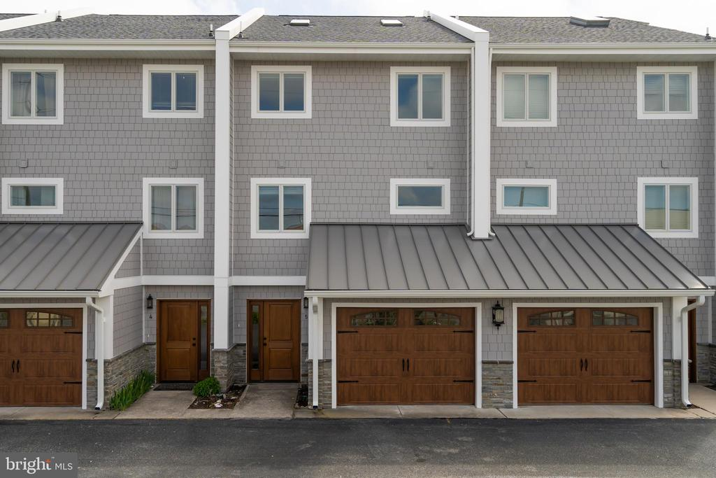 960 N PENNSYLVANIA AVENUE  5, one of homes for sale in Bethany Beach