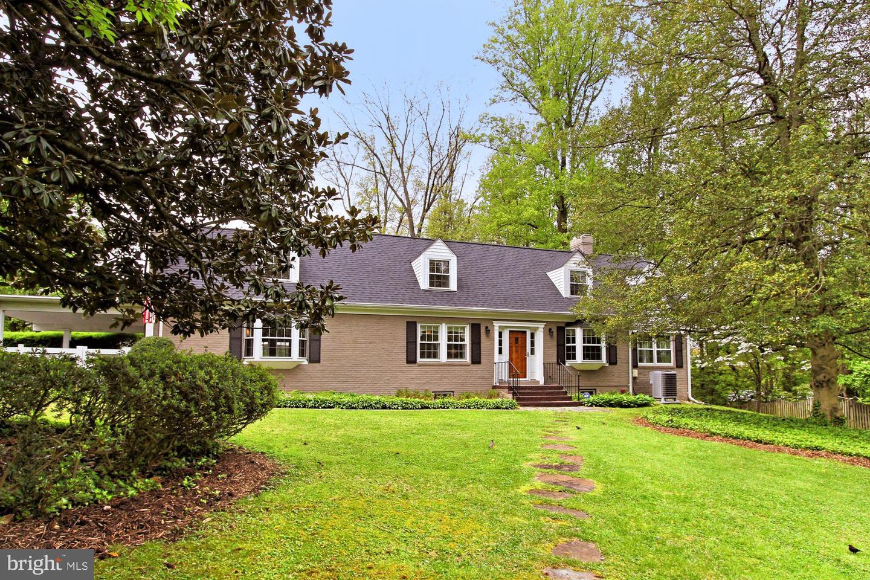 6329 Nicholson Street   - Falls Church, Virginia 22044