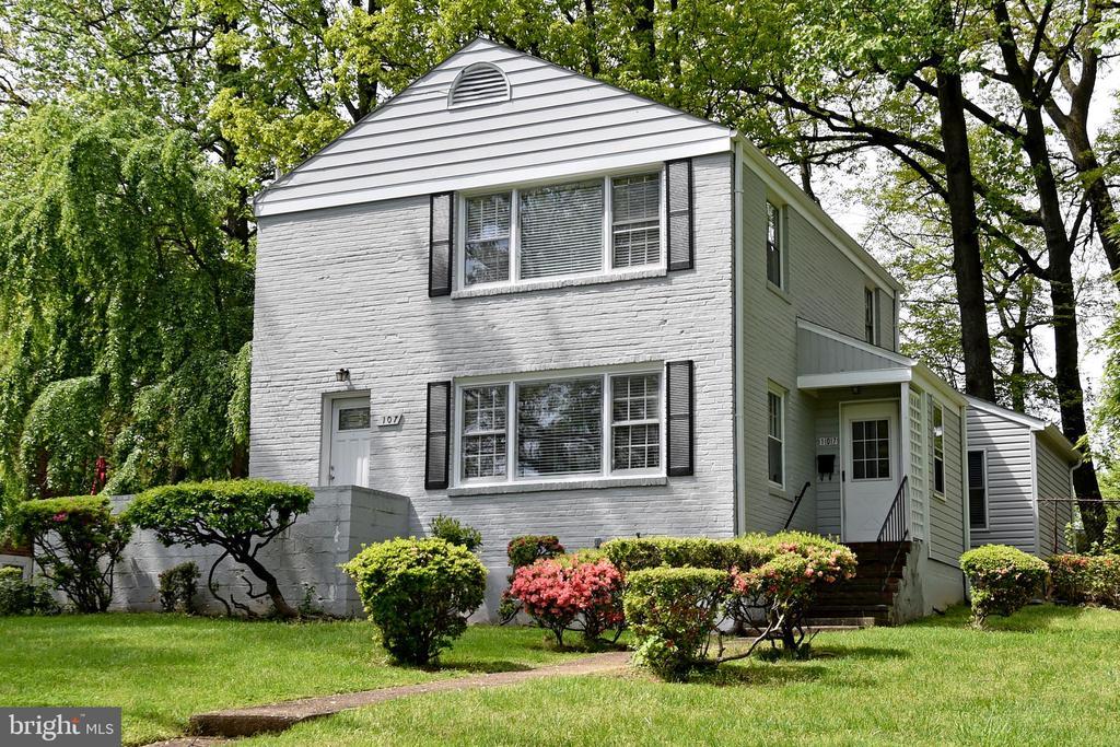 Falls Church Homes for Sale -  Cul De Sac,  107  POPLAR DRIVE