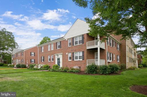 1607 Belle View Blvd #B2, Alexandria, VA 22307
