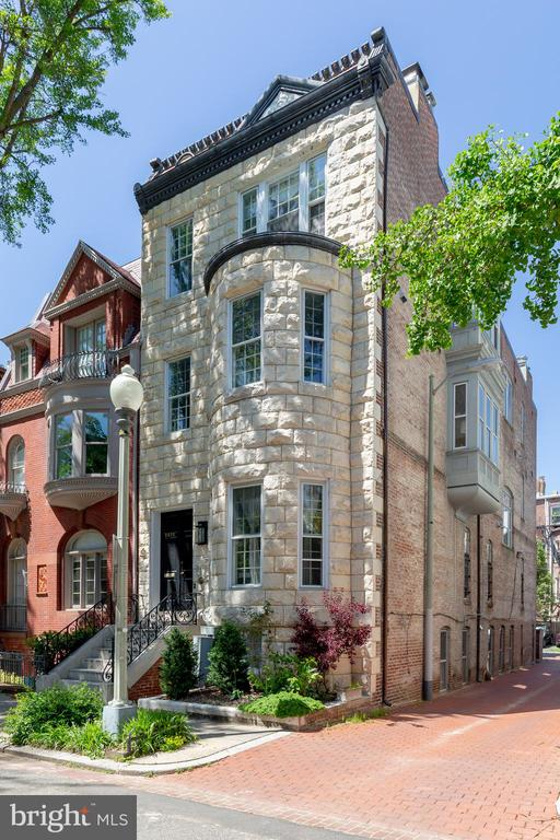 NEW LISTING! Welcome to the special block that is Hillyer Place. Nestled between Connecticut Avenue and The Phillips Collection, Hillyer is a quiet one-way street, between two one-way streets. It~s a quiet oasis next to the bustling activity of Dupont Circle and Embassy Row. Just one block from the Dupont Circle Red Line Metro, you~d never know this street has so many convenience and services at its doorstep. The street is lined with mature trees and New York City-style brownstones. The famous Dupont Farmer~s Market is right outside your door, and Rock Creek Park is just three blocks away. This penthouse condo lives like a house. Full of light streaming in from the east and south, its open floor plan invites you in as you enter the home. A large, private roof deck adjoins the kitchen and storage abounds in the kitchen and dining area. A large owner~s bedroom suite makes you never want to leave home. A Waterworks spa-like bath with a large shower is en suite. The walk-in closet has a custom closet organizing system and the room enjoys its~ own bay window for the perfect reading nook. A second bedroom with a large closet and full hall bathroom are down the hall, separated from the living area. A spacious hall closet plus a full-size washer/dryer complete this place you~ll want to call home!