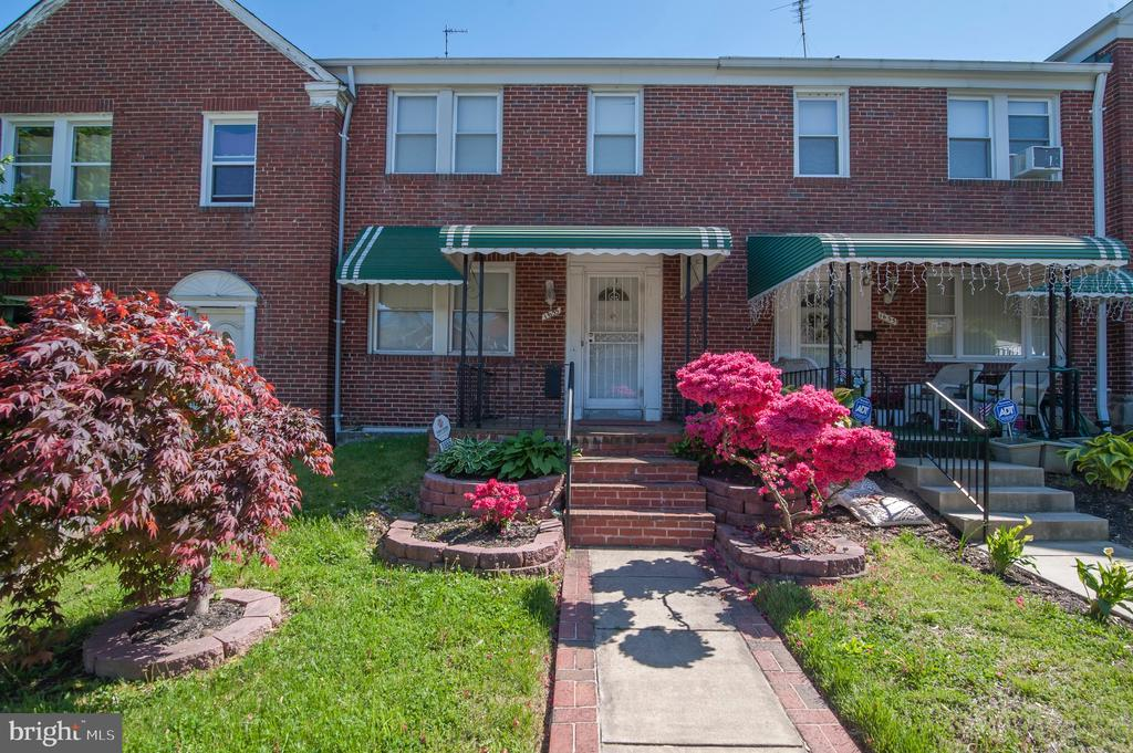 1655 Ralworth Rd, Baltimore, MD  21218
