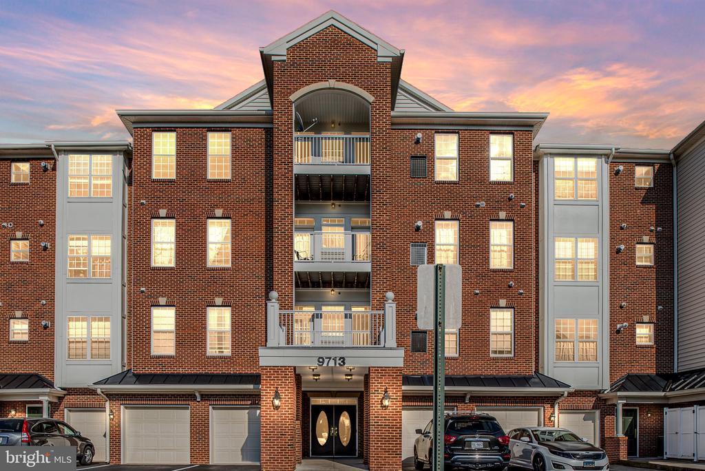 9713 Handerson Place 407, Manassas Park, VA 20111