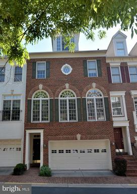 1627 Colonial Hills Dr