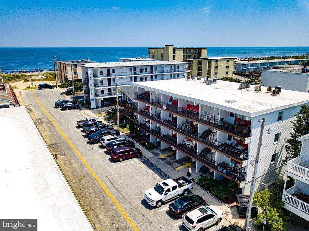 11 71st St #302, Ocean City, MD, 21842