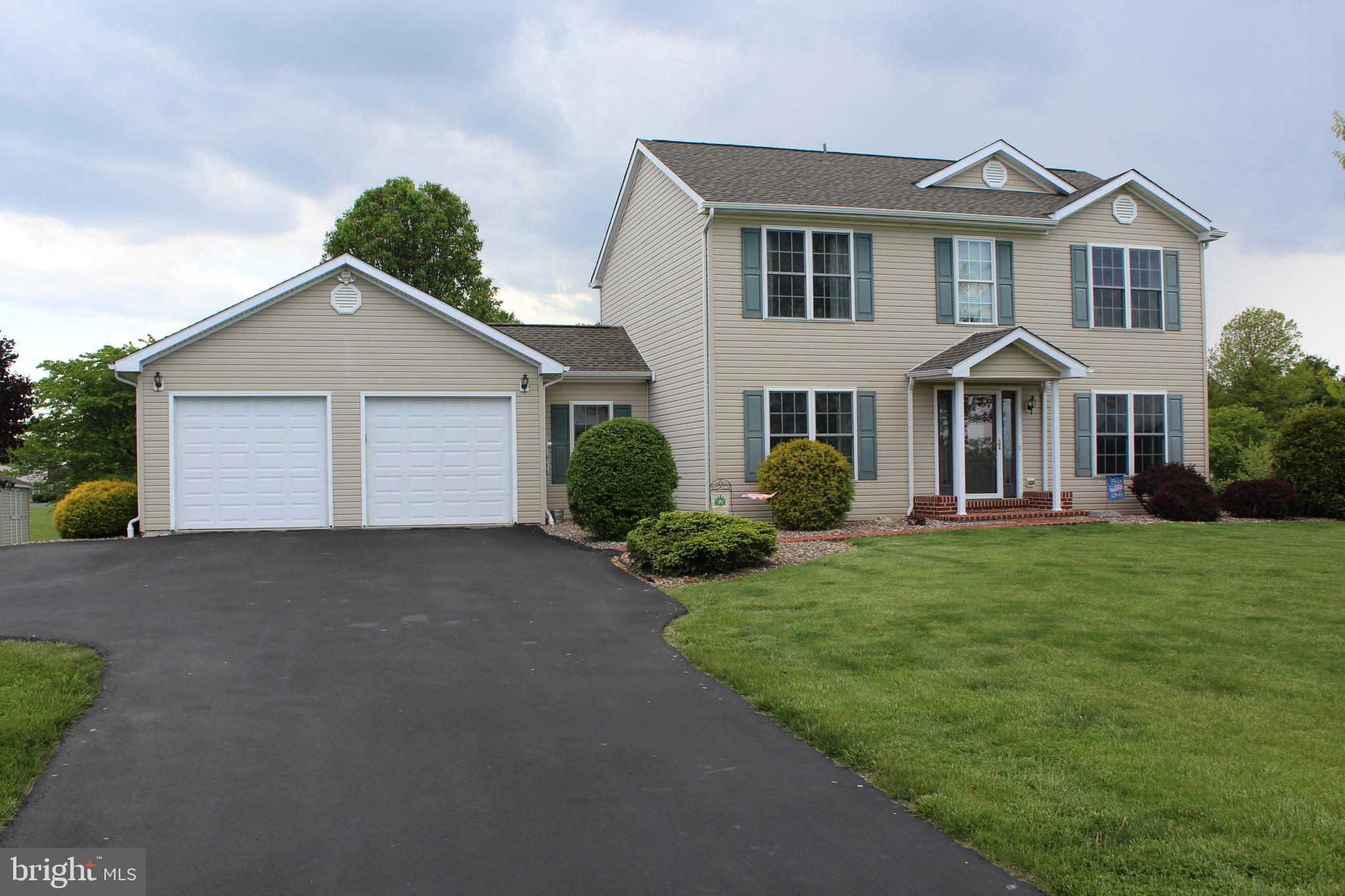 22 Norma Lane, Richland, PA 17087