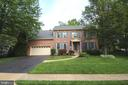 5552 Shooters Hill Ln