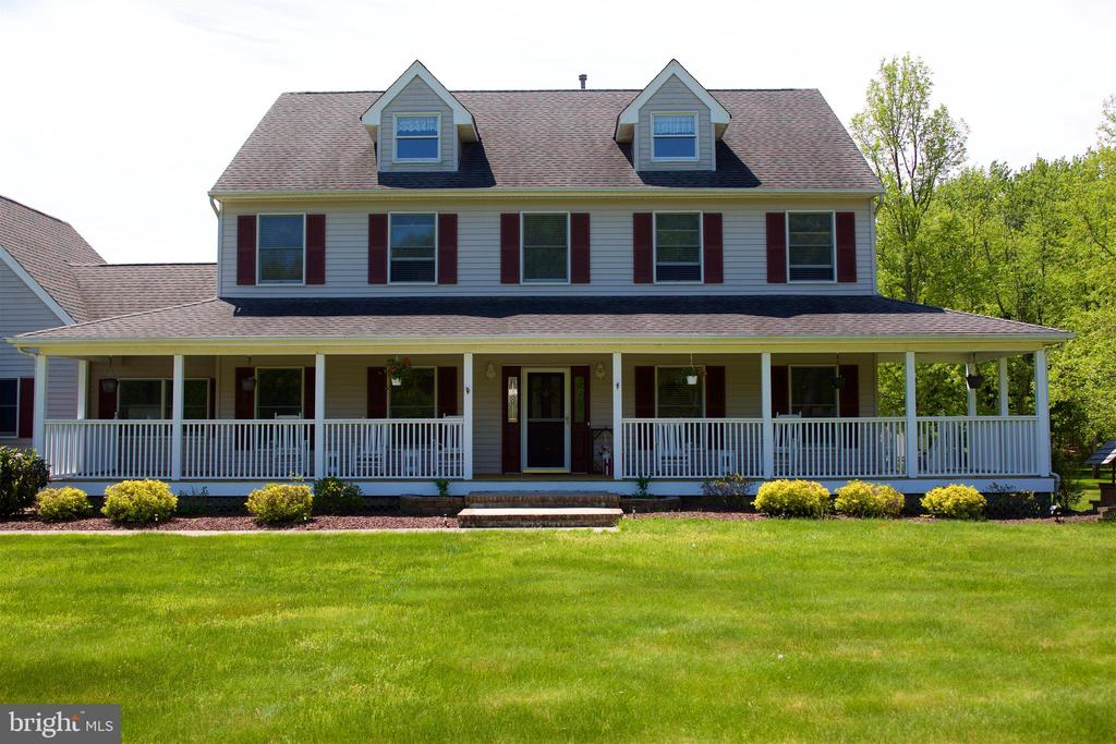1 Whispering Spring Drive, Freehold, NJ 07728