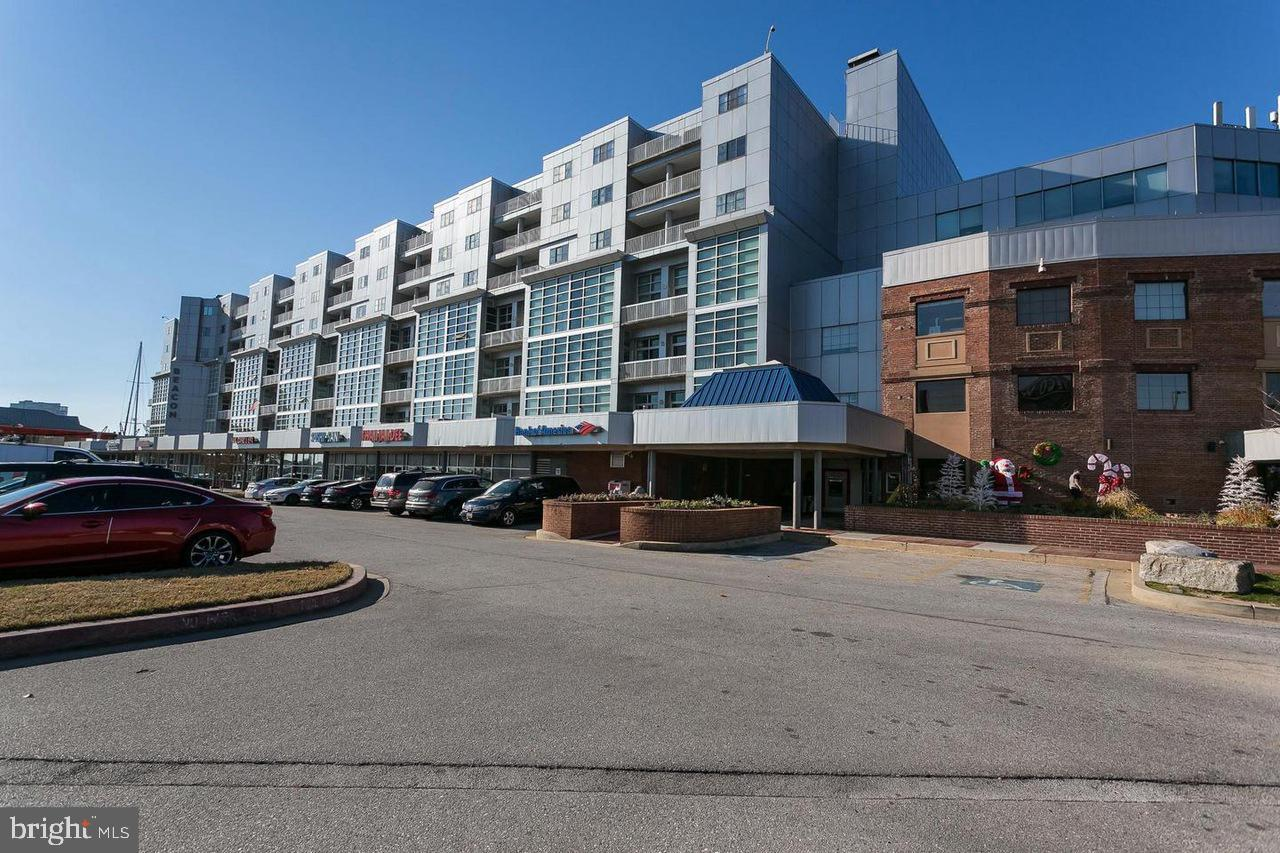 2702 Lighthouse Point East Street  #733 - Baltimore City, Maryland 21224