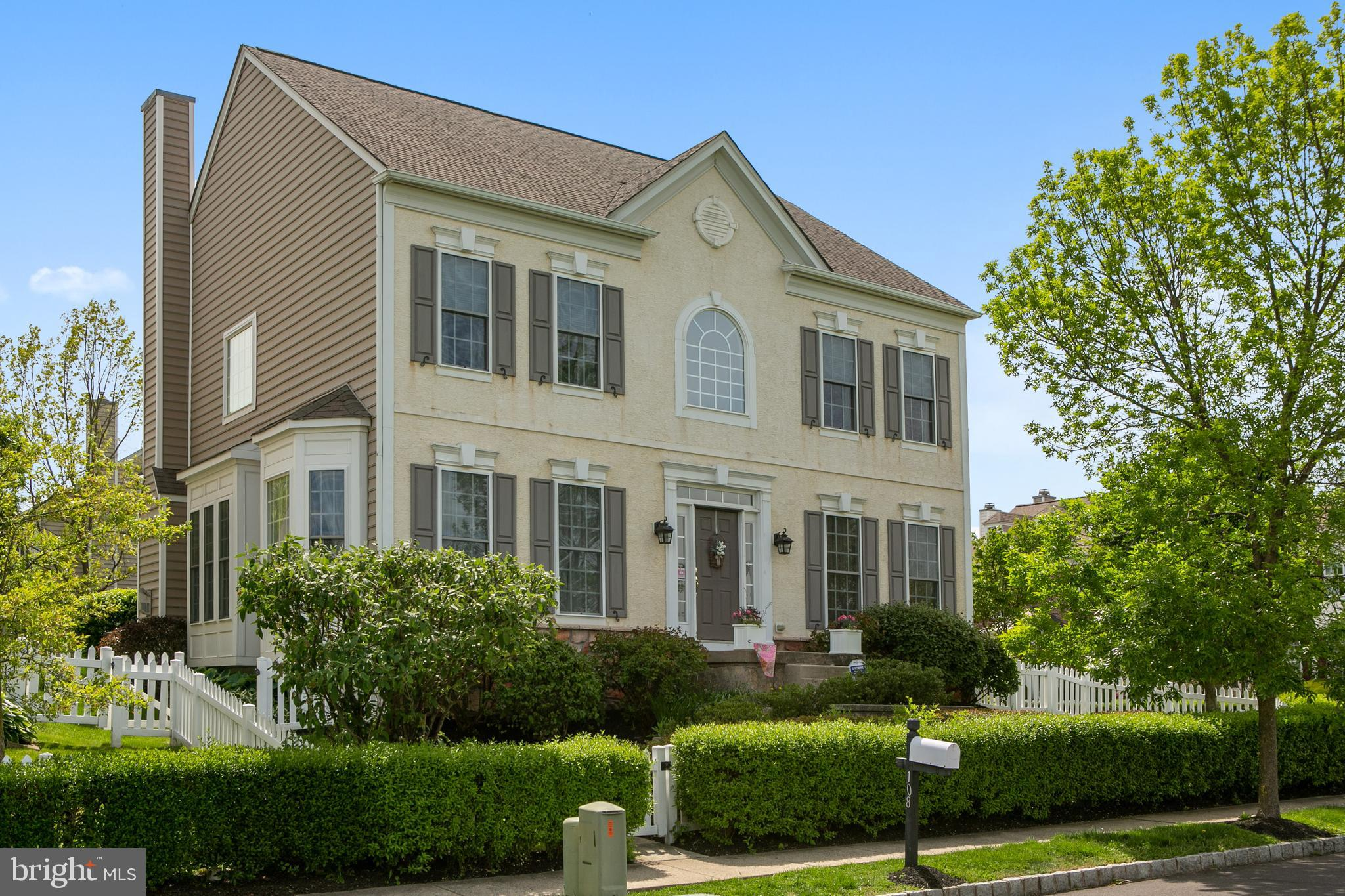108 Pipers Inn Drive, Fountainville, PA 18923