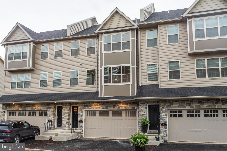 Conshohocken                                                                      , PA - $650,000