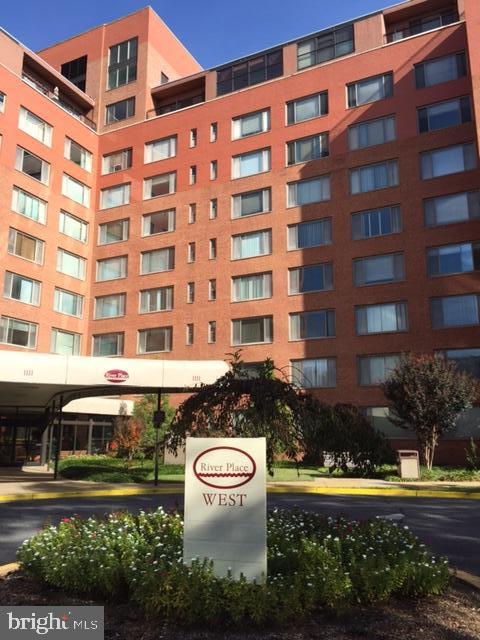 1111 Arlington Boulevard  #432 - Arlington, Virginia 22209