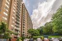 2059 Huntington Ave #611