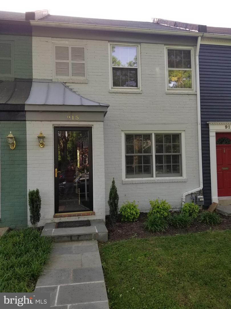 915 Alfred Street S  - Alexandria City, Virginia 22314