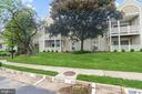 7660 Willow Point Dr