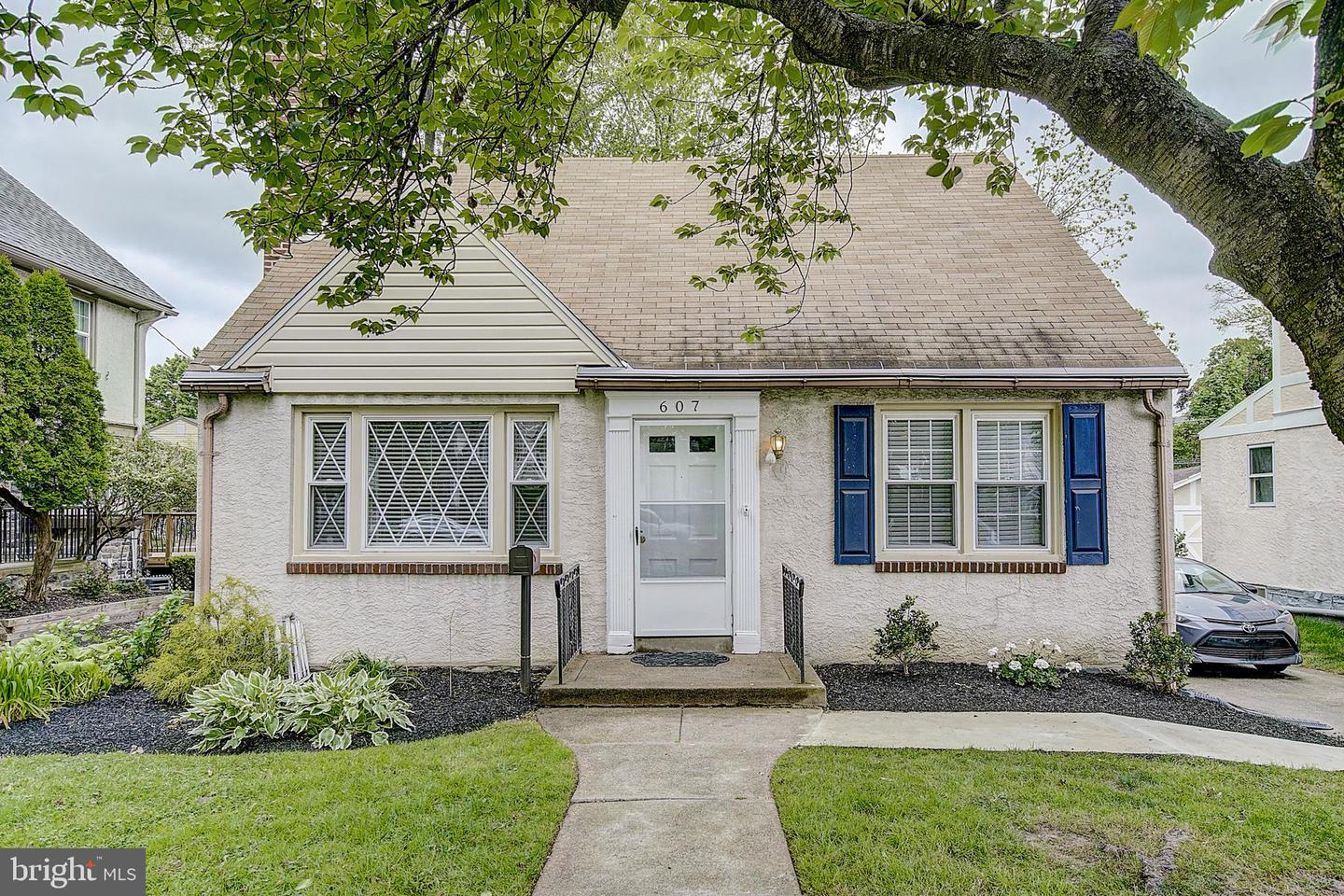 607 Darby Road Havertown, PA 19083