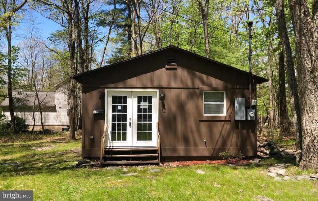 116 Pine Drive, Shohola, PA 18458