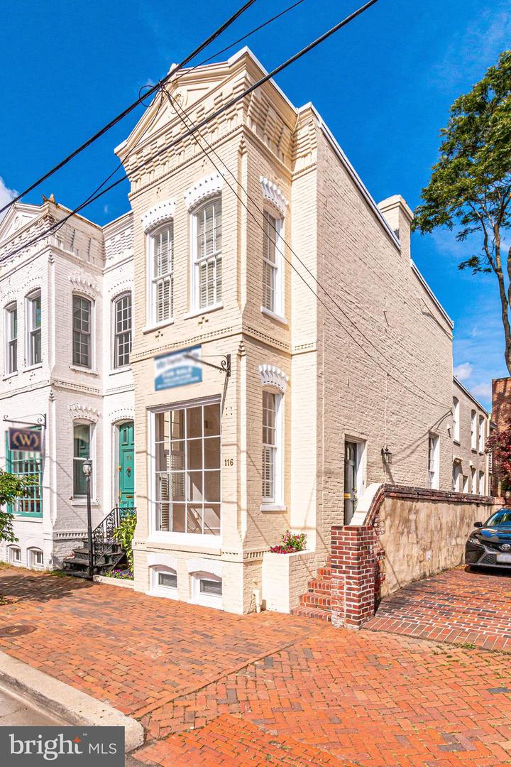 116 Pitt Street   - Alexandria, Virginia 22314
