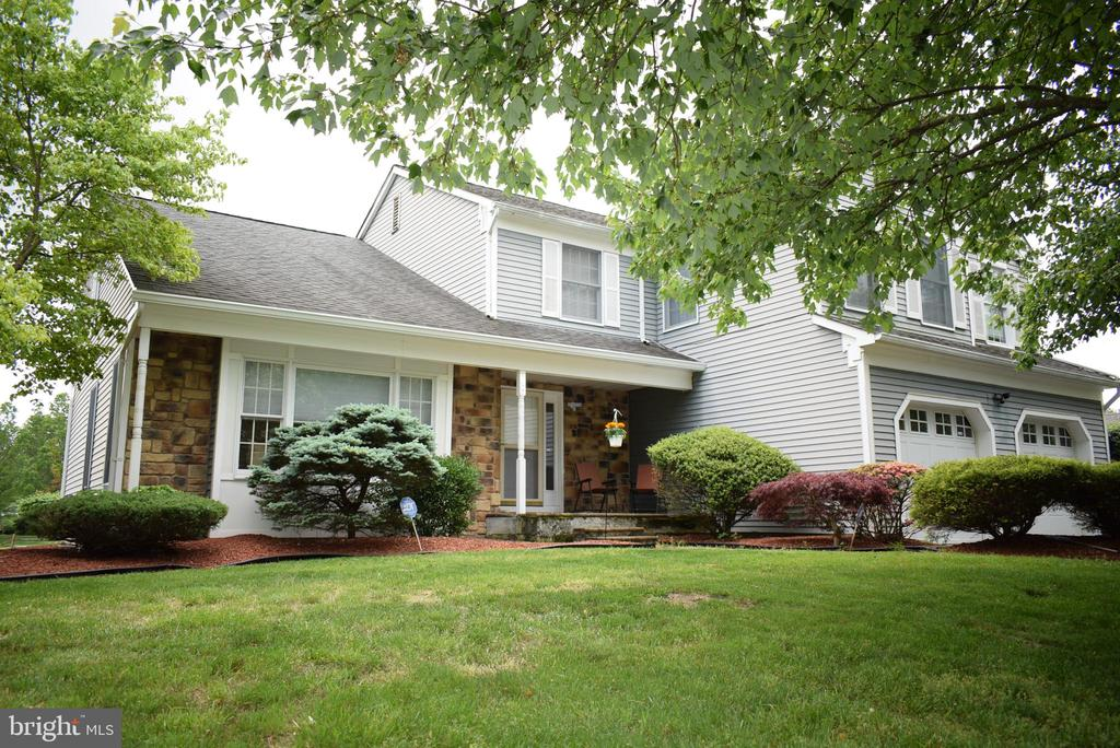 79 Bradford Lane, Plainsboro, NJ 08536